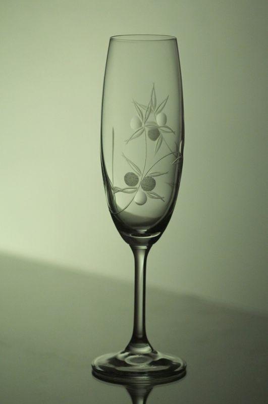skleničky na sekt 6ks Lara 220 ml,sklenice s rytinou bobule, dárek k narozeninám