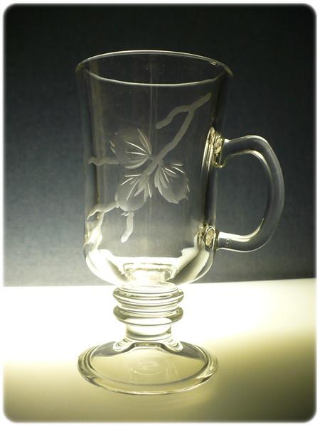 sklenice na kávu nebo latte 6ks venezia s rytinou tří oříšků, dárek k narozeninám
