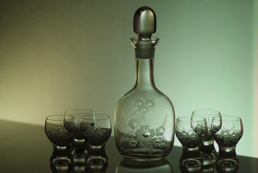 lahev 750ml + skleničky na likér 6 ks Gina 60ml s rytinou květin, možnost jména na přání