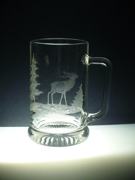 půllitr s jelenem,s rytinou myslivost, dárek pro myslivce
